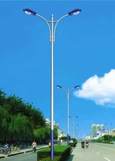 市电双臂道路灯